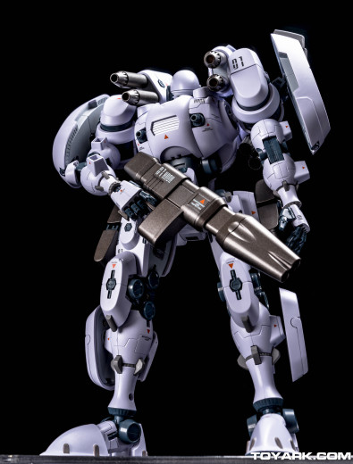 Armarauders-Bellerophon-Black-006